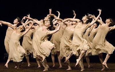 Pina Bausch tokoh penari modern mancanegara - berbagaireviews.com