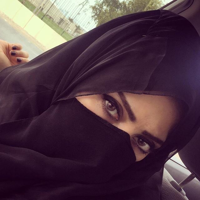 انسة سورية للزواج اقيم فى الكويت ابحث عن زوج عربي