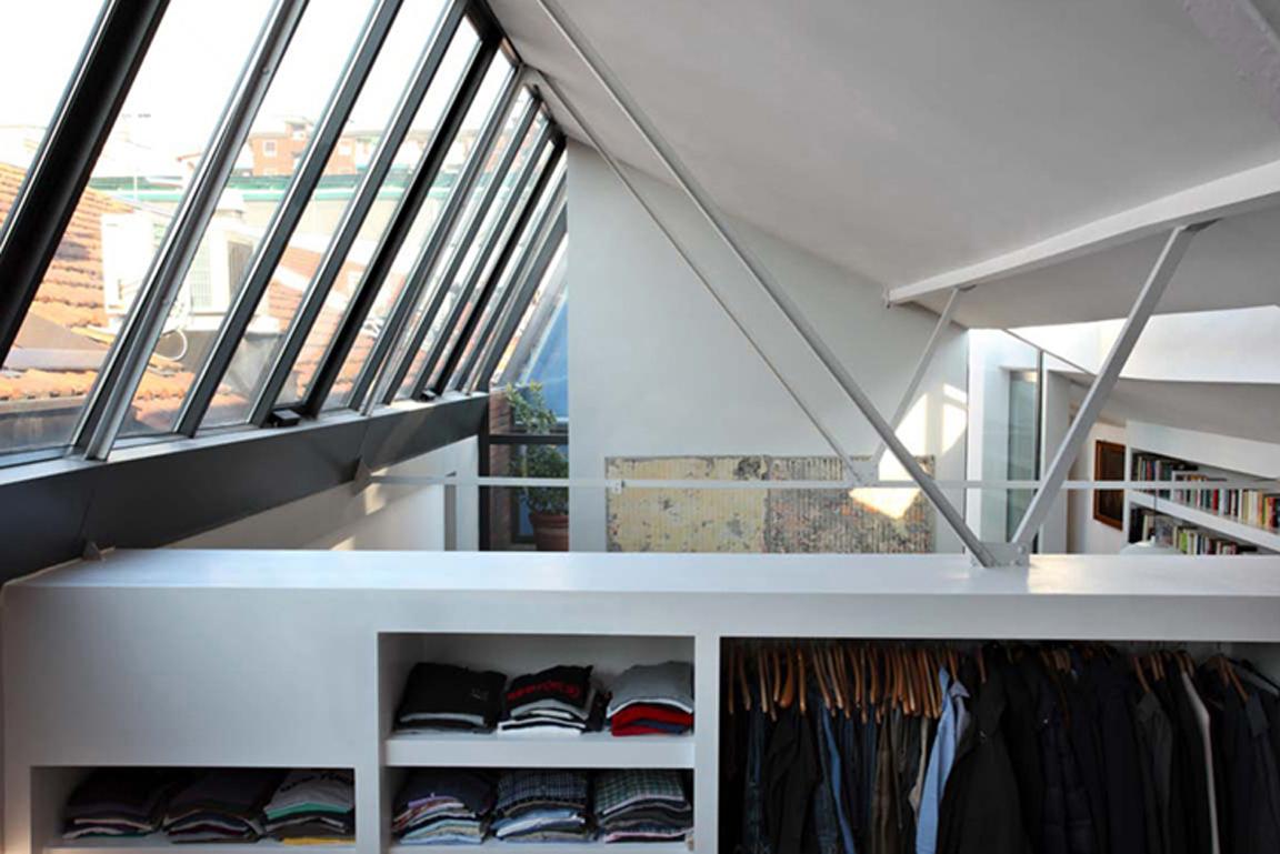 Molto BLACK. WHITE. YELLOW.}: Milano Loft in Via Savona QC24