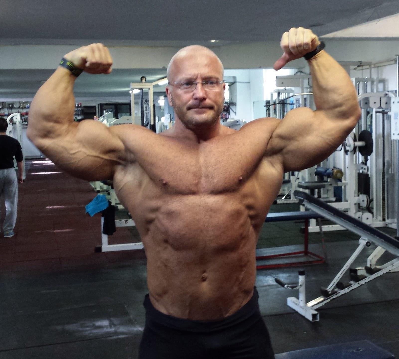 Big muscle   Muscle women, Body building women, Muscular women