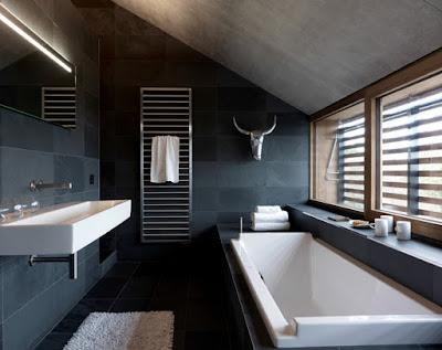 Phòng tắm hiện đại với bồn tắm massage