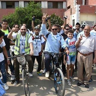 الهوارى يشارك الشباب ماراثون الدراجات لتنشيط السياحة الداخلية بالقناطر الخيرية