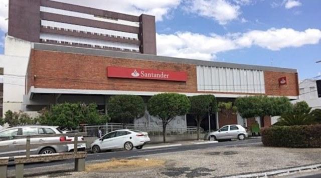 Agência/Patos do Banco Santander estará fechada nesta sexta para sanitização