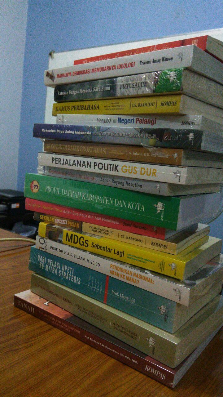 Strategi membaca belajar dari sebuah keinginan untuk memiliki koleksi