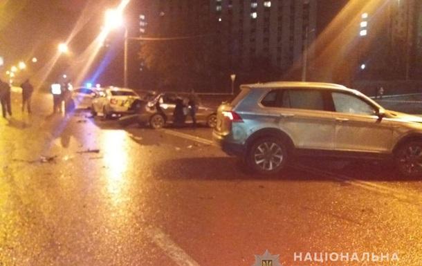 У Харкові в масштабній ДТП постраждали поліцейські