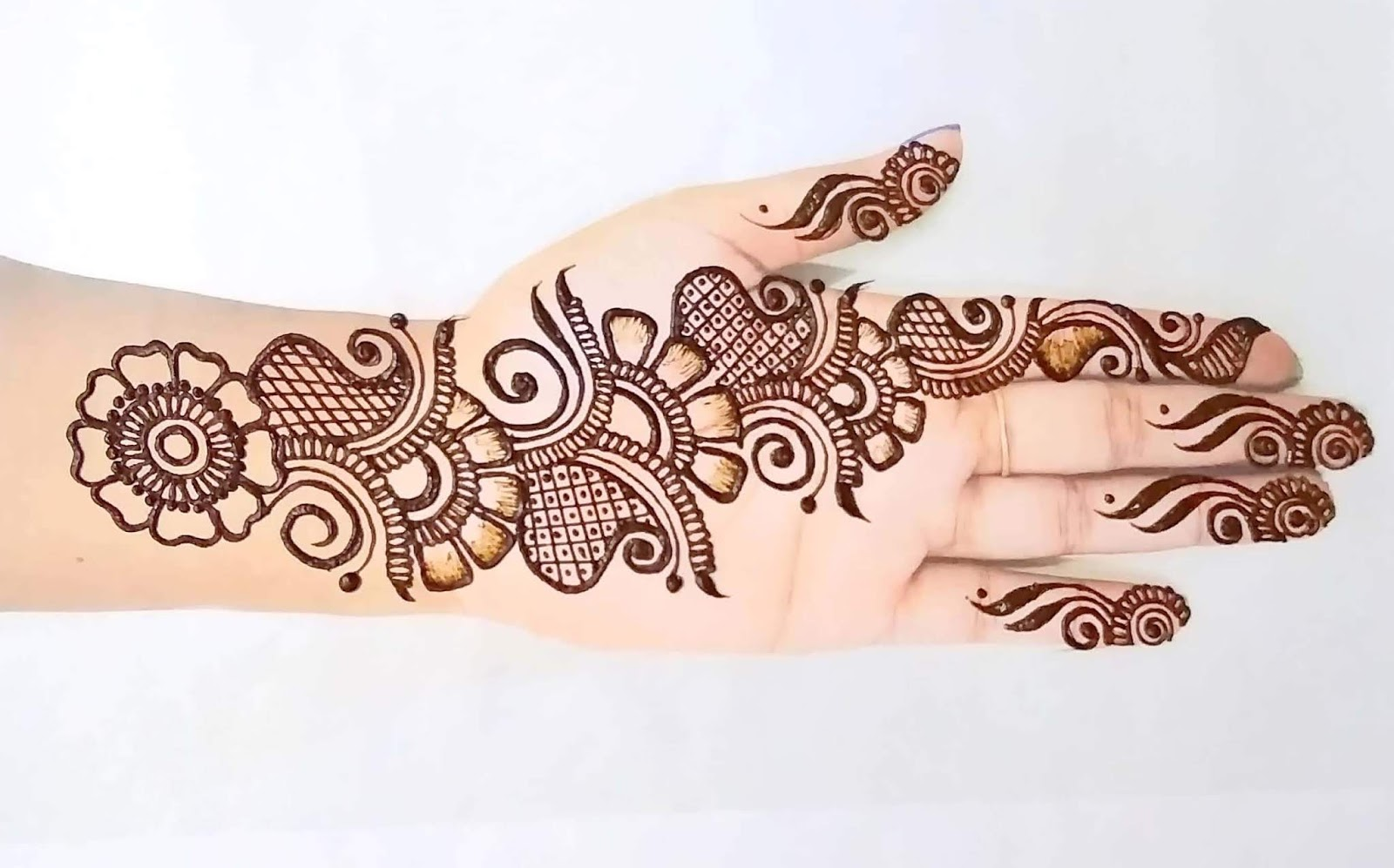 royal front hand mehndi design easy