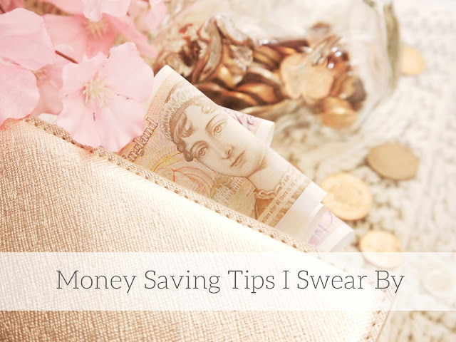 Close up picture of a ten pound note inside a rose gold purse. In the background is a glass piggy bank with coins around it.The picture reads 'money saving tips I swear by'.