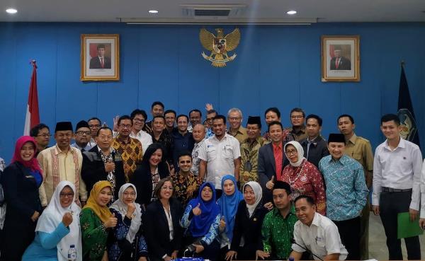 NADIEM MENDENGAR, Mendikbud Undang Khusus Ikatan Guru Indonesia (IGI) Bersama 22 Organisasi Guru dan Komunitas Guru