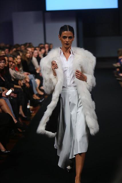 VIII Pasarela Moda La Razón