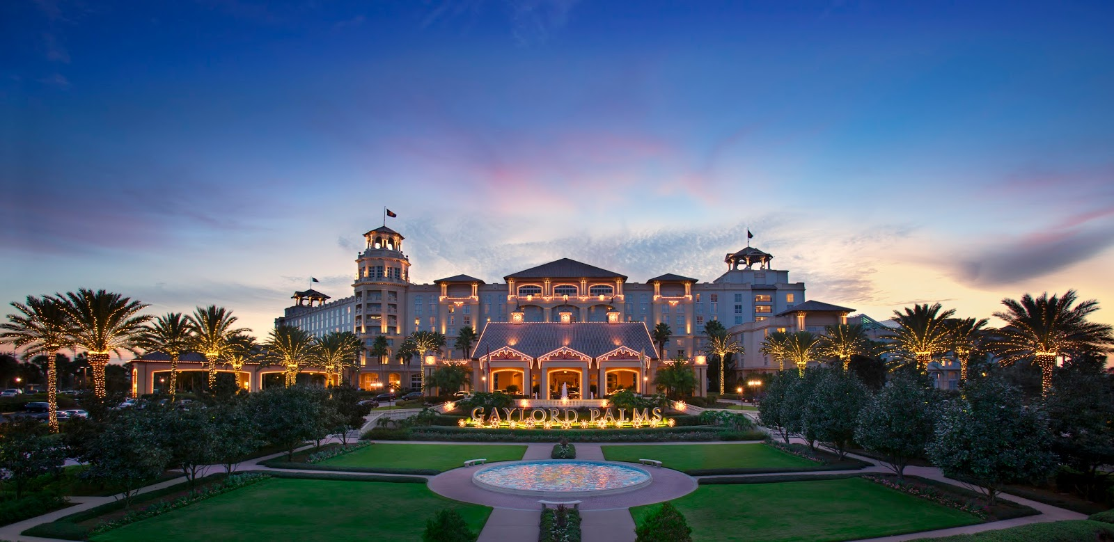 Gaylord Palms Resort Unveils New Signature Immersive Pop-Up Christmas Experience