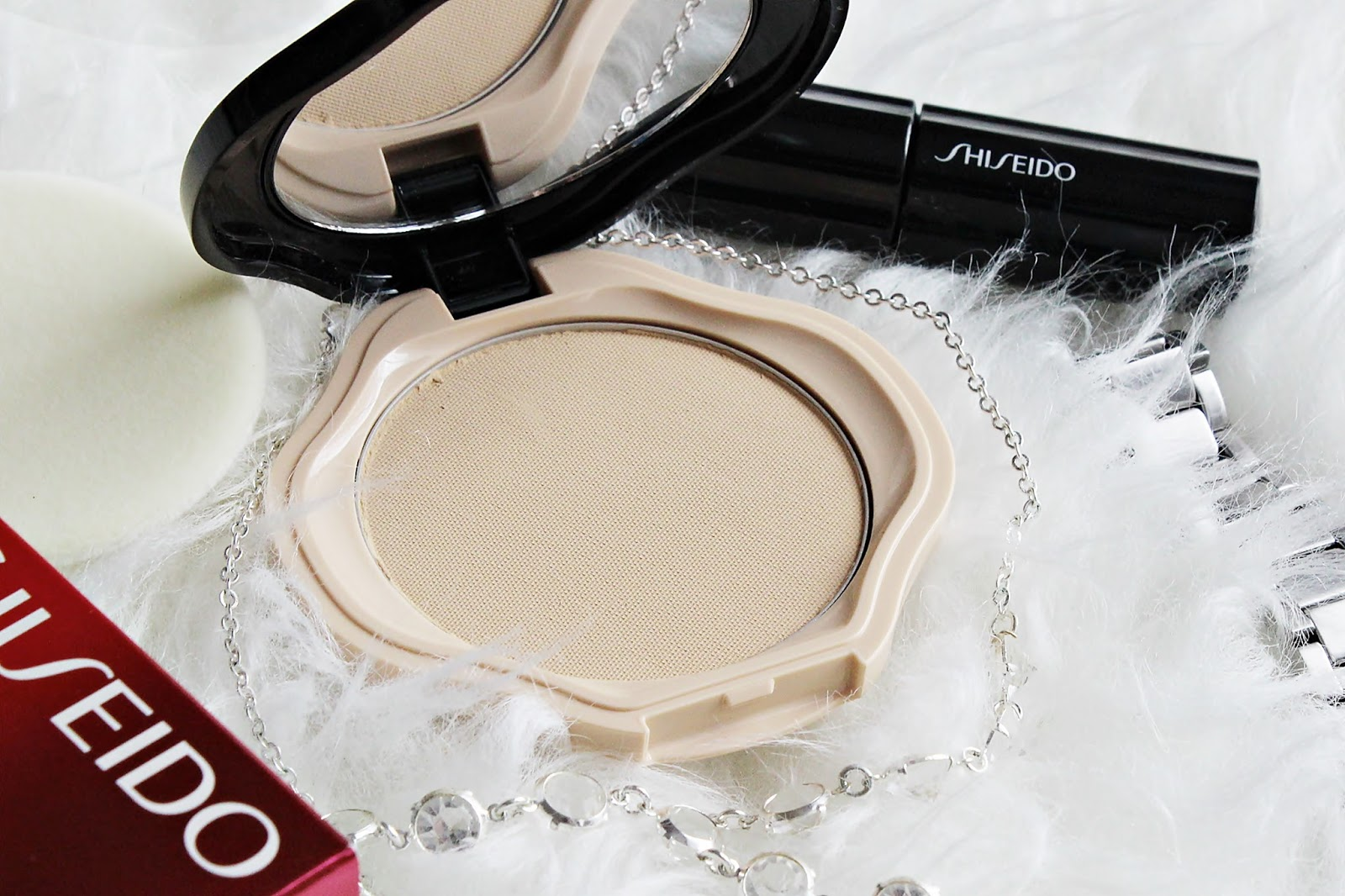 Shiseido, Sheer & Perfect Compact