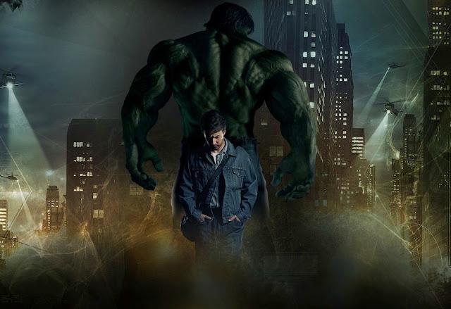 """Edward Norton diz que a sequência cancelada de """"O Incrível Hulk"""" seria mais sombria"""