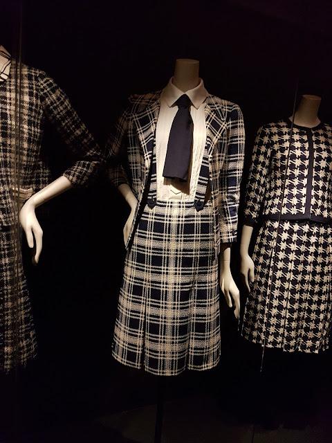 Gabrielle Chanel Manifeste de mode au Palais Galliera