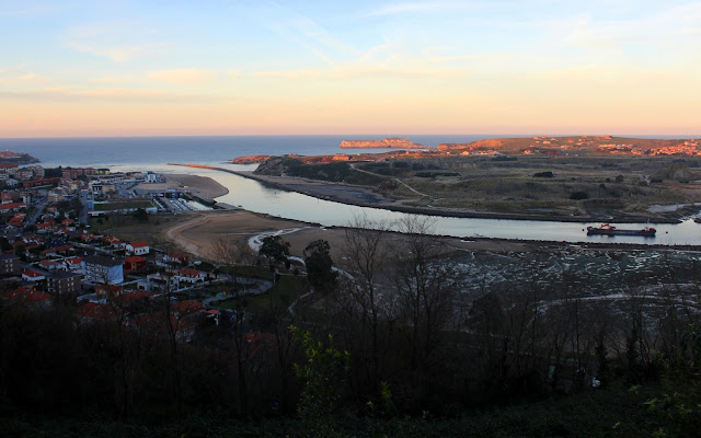 Vistas de la ría de San Martín de la Arena en Suances