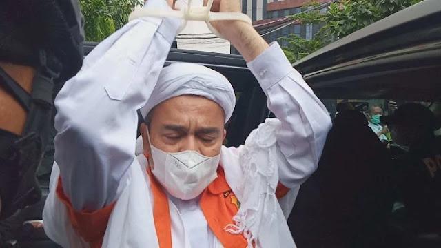 Mahfud Diminta Dengarkan Ketidakadilan Terhadap HRS dan Syahganda