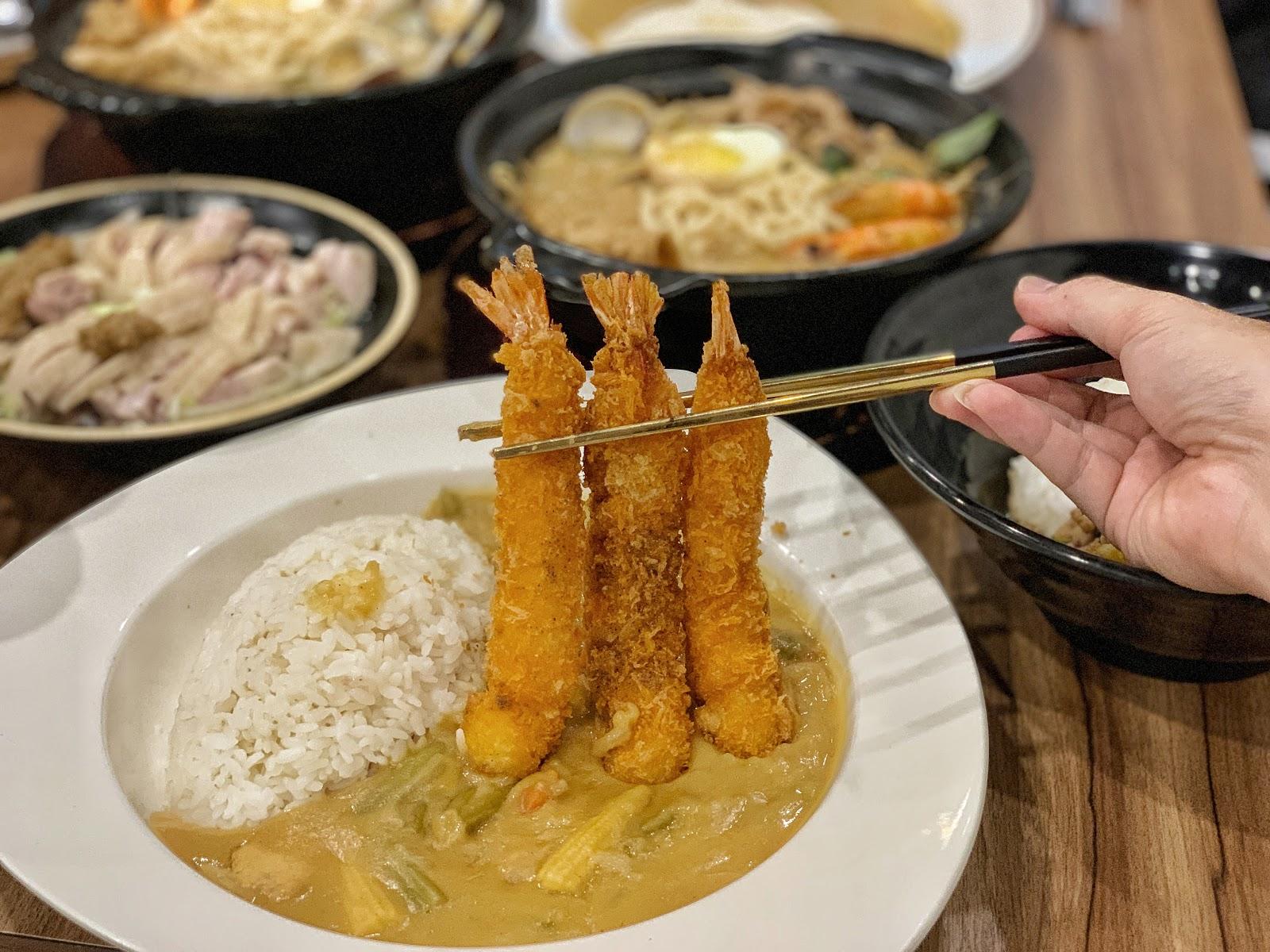 台南東區美食【寶貝老闆新加坡叻沙麵 東寧店】炸蝦三姊妹