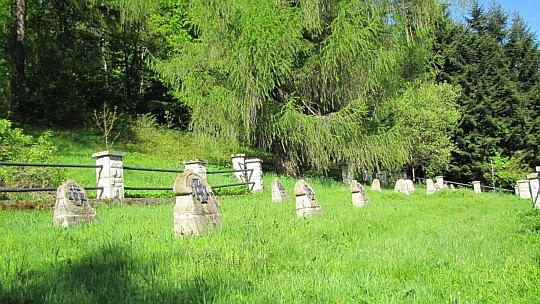 Cmentarz wojenny nr 369 na stokach wzniesienia Golec.