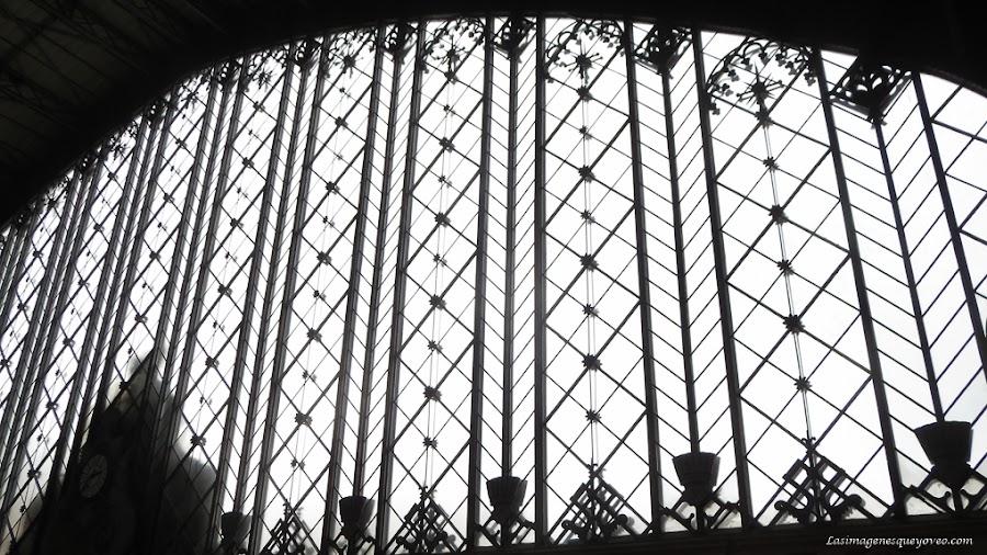 Patrón de composición fotográfica geométrico.Líneas verticales