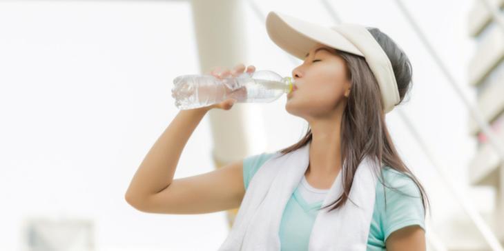 Ini Sejumlah Bahan Makanan dan Minuman Penyebab Munculnya Dehidrasi