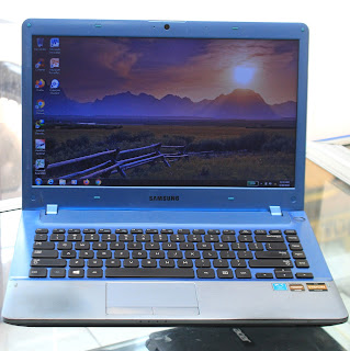 Laptop Design Samsung NP355V4X AMD A6 Malang