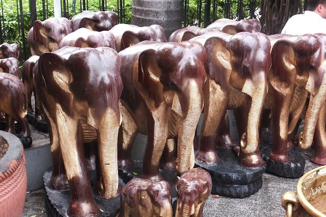 statue-of-elephant 象の像