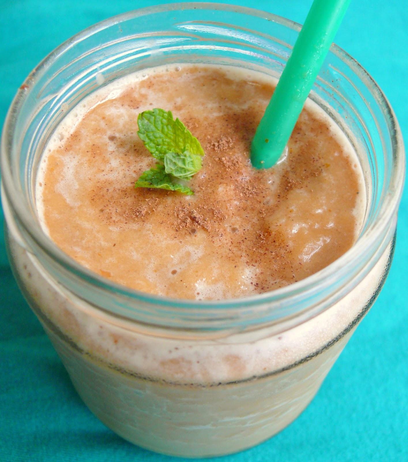 A Life Of Little Pleasures: Iced Vegan Pumpkin Spiced Latte