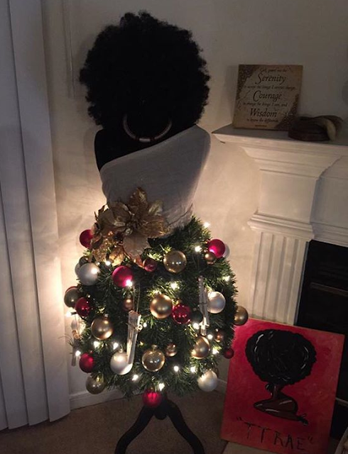 Who is feeling this Afro Christmas tree? (photo)