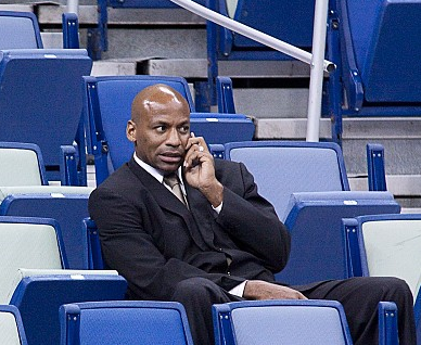 Report: Dell Demps not taking calls about dealing AD before
