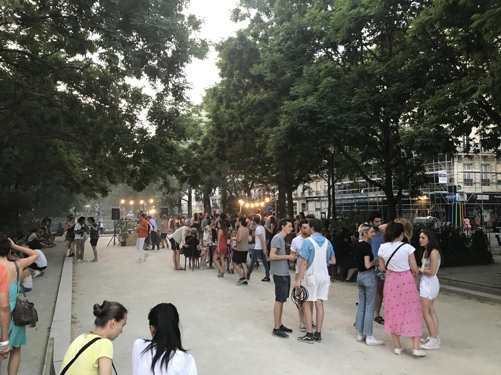 Yksi kuuma yö Pariisissa 7