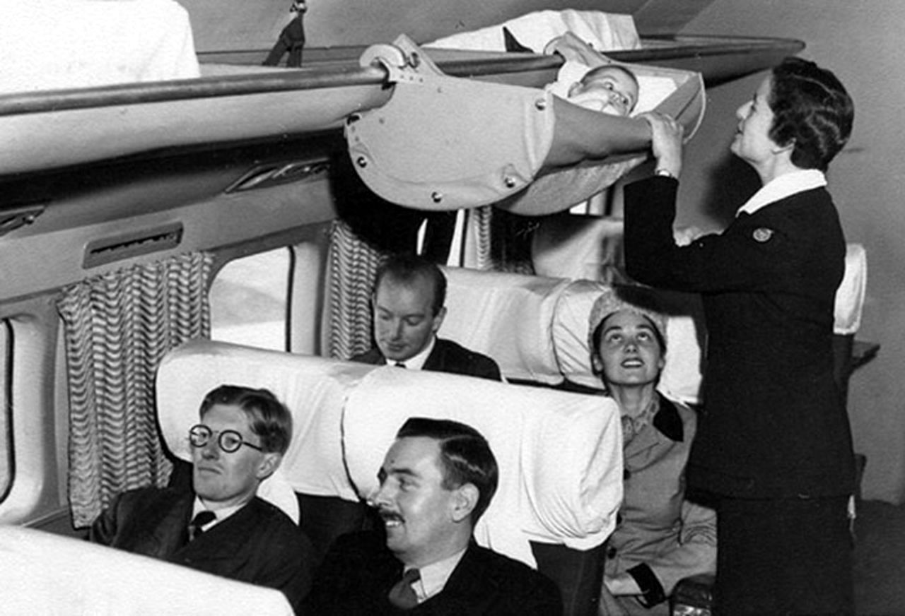 Boac S Skycot For Infants This Is How Babies Used To Travel On Airplanes In The 1950s Vintage Everyday