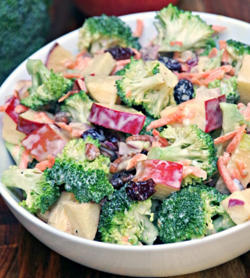Creamy Broccoli Apple Salad Recipe with Walnuts #apple #broccoli #salad #healthydiet #recipes