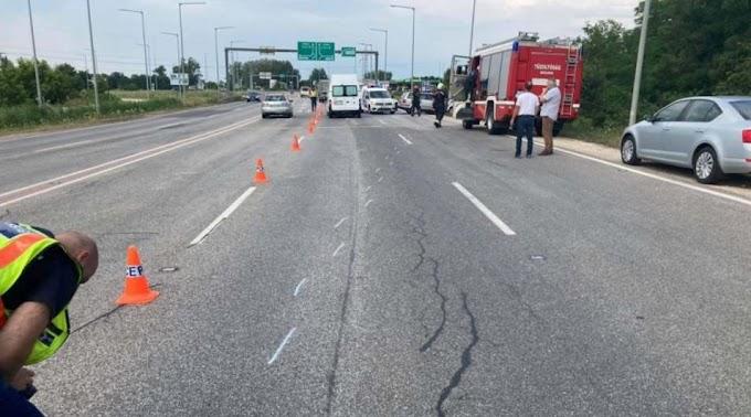 Életét vesztette a sofőr a 4-esen történt balesetben