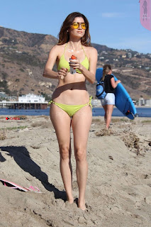 Blanca+Blanco+in+Tiny+Yellow+Bikini+in+Malibu+Ass+Crack+Cleavages+Boobs+Cleavages+Exposed+%7E+SexyCelebs.in+Exclusive+005.jpg