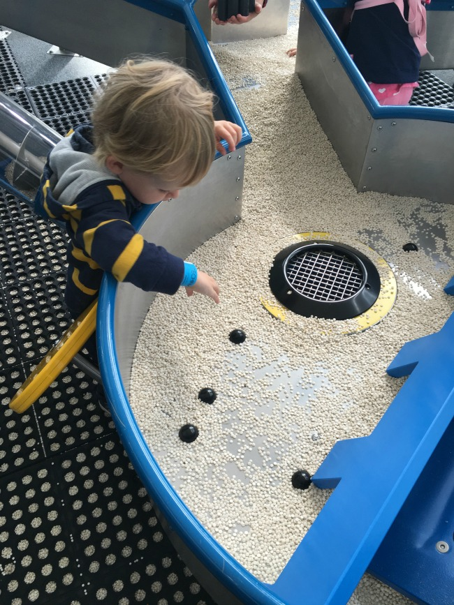 toddler-playing-with-lentils