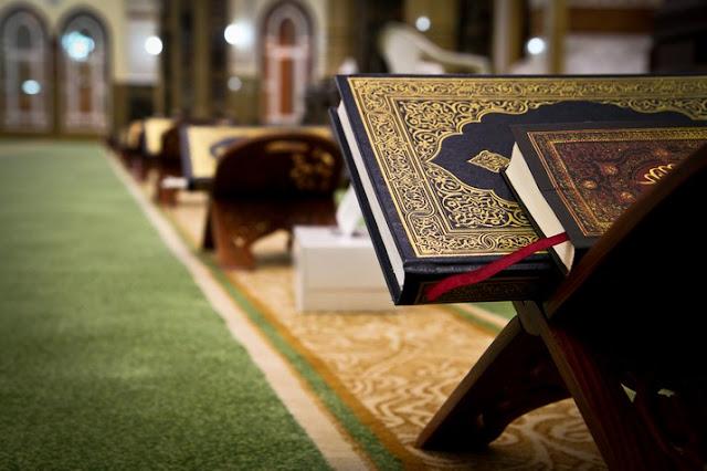 https://1.bp.blogspot.com/-aRChLDjIR9Y/Vyf77xp3hxI/AAAAAAAAABc/ye2CFHEvfp8P73FlHL3UCK4eUzuMuPjkACLcB/s1600/Risalah-Islam-Itu-Sederhana-Namun-Pesannya-Begitu-Kuat.jpg
