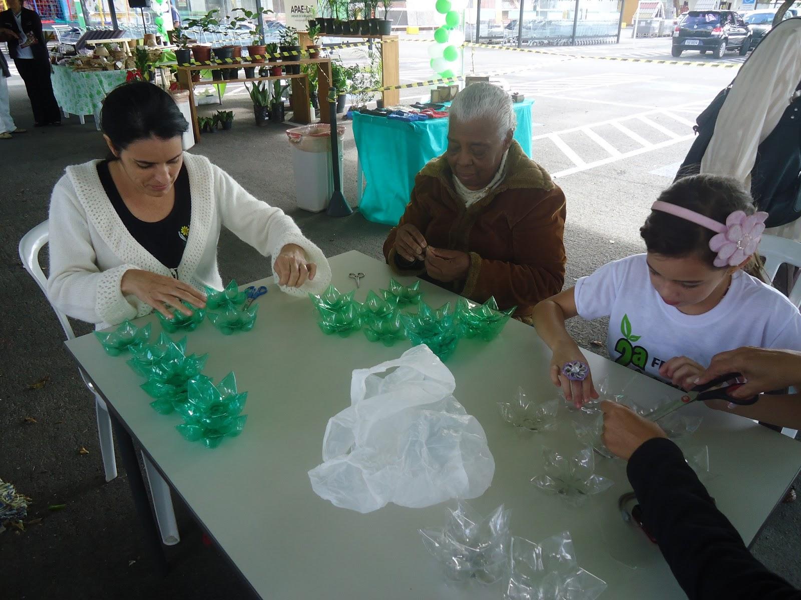 Reciclarte exposi o e oficinas na ii feira de for Leroy merlin oficinas