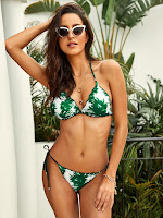 https://fr.shein.com/Palm-Print-Triangle-Top-With-Tie-Side-Bikini-p-707623-cat-1866.html