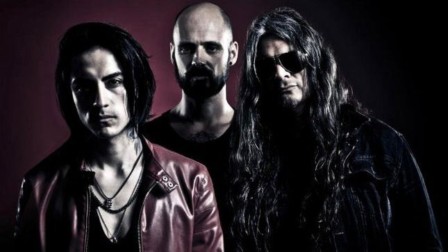 "LACRIMAS PROFUNDERE: Video για το νέο single ""Like Screams In Empty Halls"""