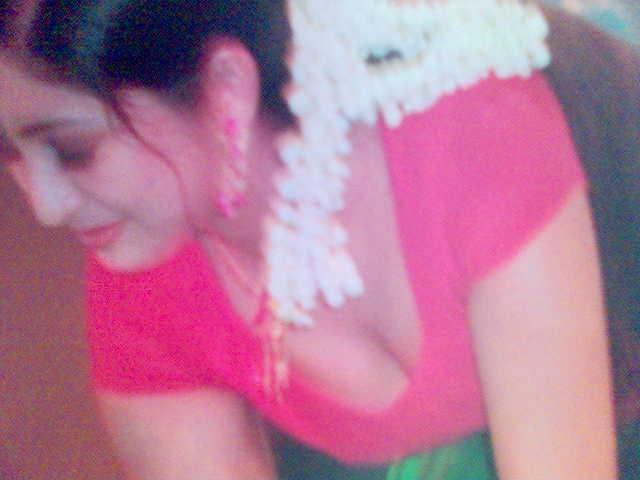 bhavana-hot-back