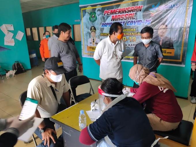 Giliran Pegawai BPBD Kapuas Di-rapid Test dan Warga Sekitar