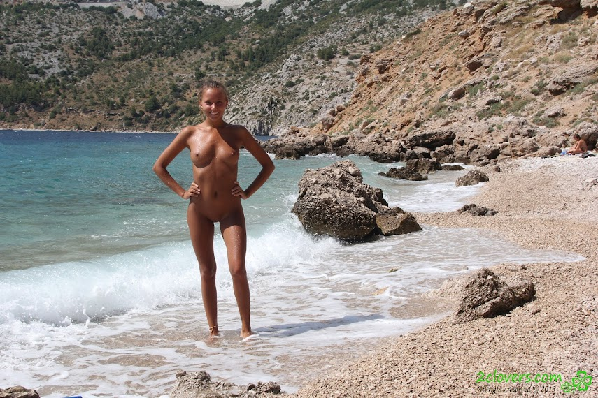 [2Clovers.Com] Clover - Exploring Croatian Nudist Beaches - idols