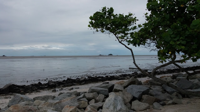 Pantai Remis