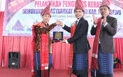 Ketua Kerukunan Masyarakat Batak (Kerabat) Pringsewu Dilantik