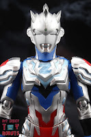 S.H. Figuarts Ultraman Z Alpha Edge 04