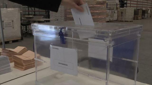 España vota este domingo su futuro en vilo por la incertidumbre