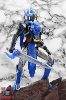 S.H. Figuarts Kamen Rider Blades Lion Senki 28