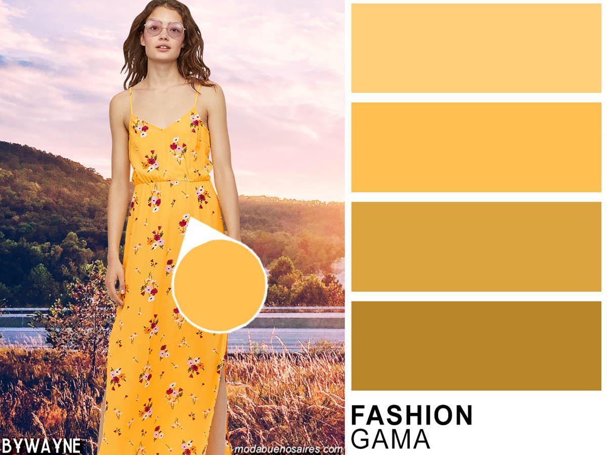 Colores de moda 2020: este verano amarillos y rojos se combinan en estampas floreadas entre otras. Colores de moda primavera verano 2020.