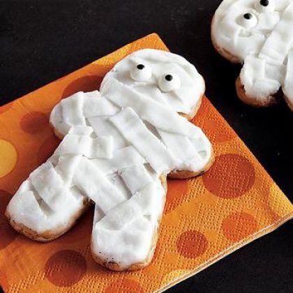 Chocolate Chip Mummy Cookies