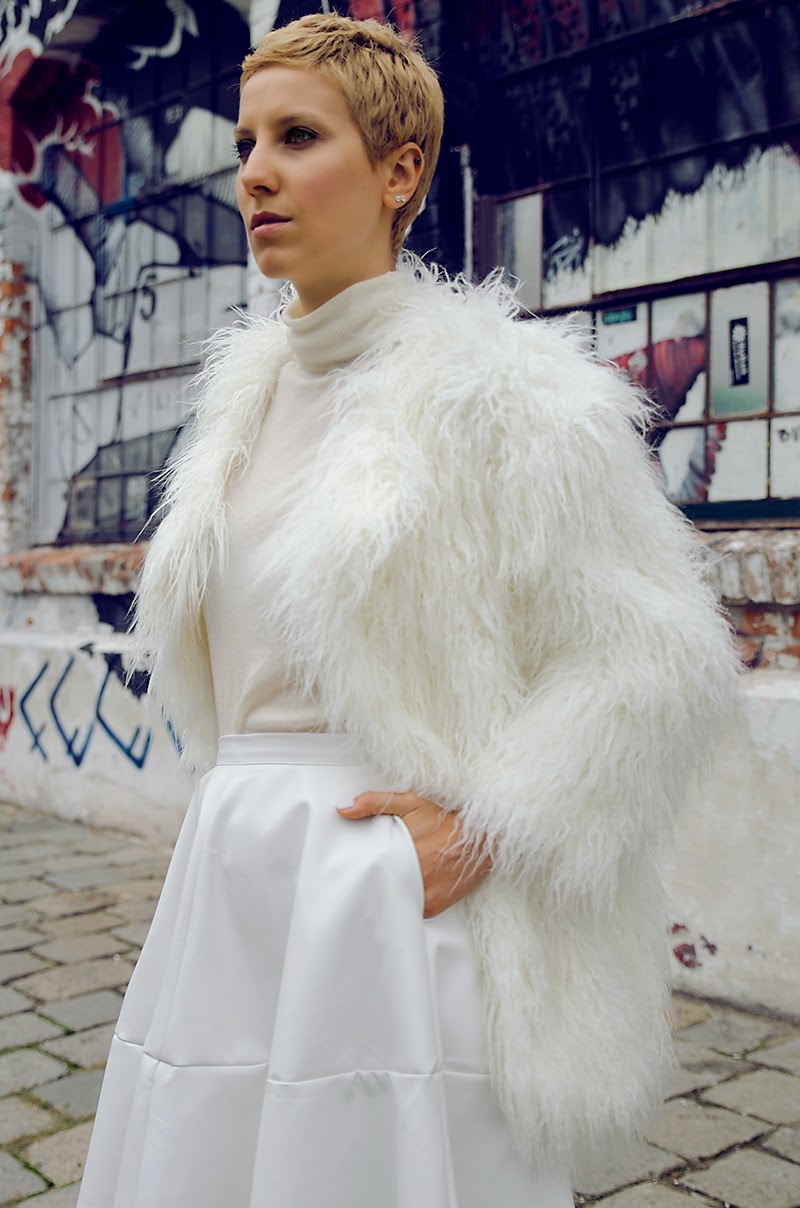 d195a65e02 white leather skirt white faux fur coat h&m studio oasap beeswonderland