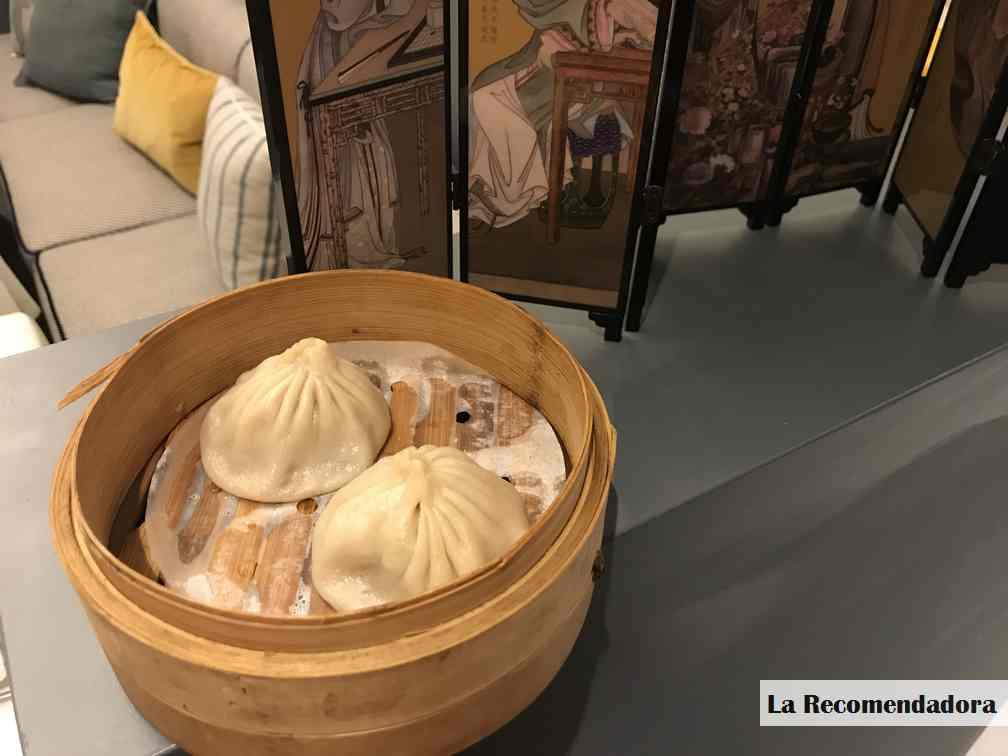 Xiaolongbao de carne de cerdo restaurante Hutong -> 6€ (3 unidades)